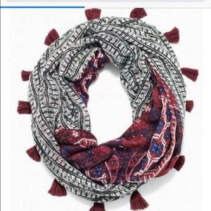 Stella & Dot reversible infinity scarf burgundy